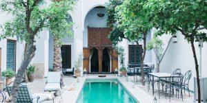 Decoration-pour-piscine